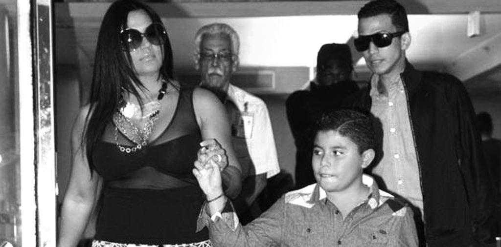 - Empresaria Maripily Rivera En Una Foto De Adelanto De Su Nuevo